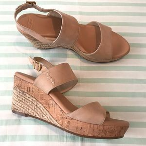 Ugg Tan Leather Wedge Sandals Size 10